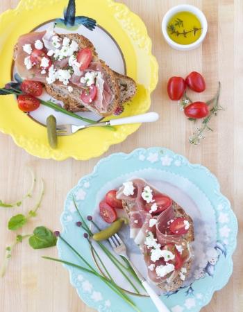Prosciutto Tartines