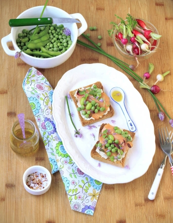 Salmon and Pea Tartines