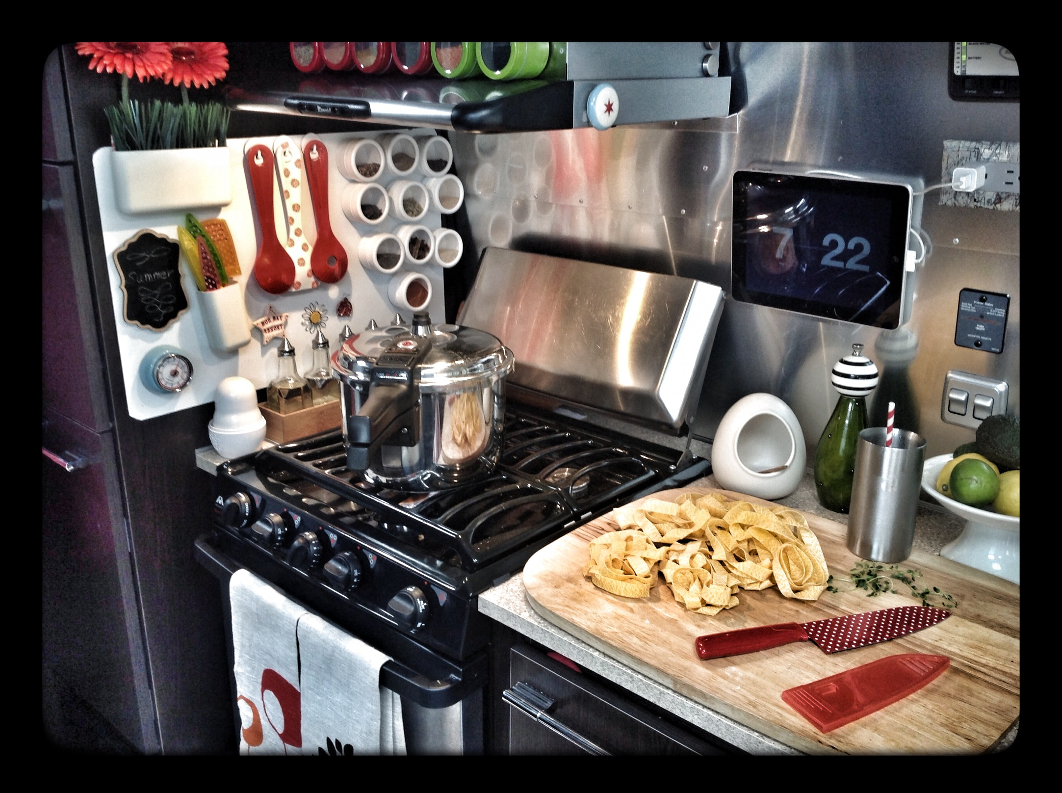 Airstream Kitchen cooking Pressure Cooker Pulled Pork