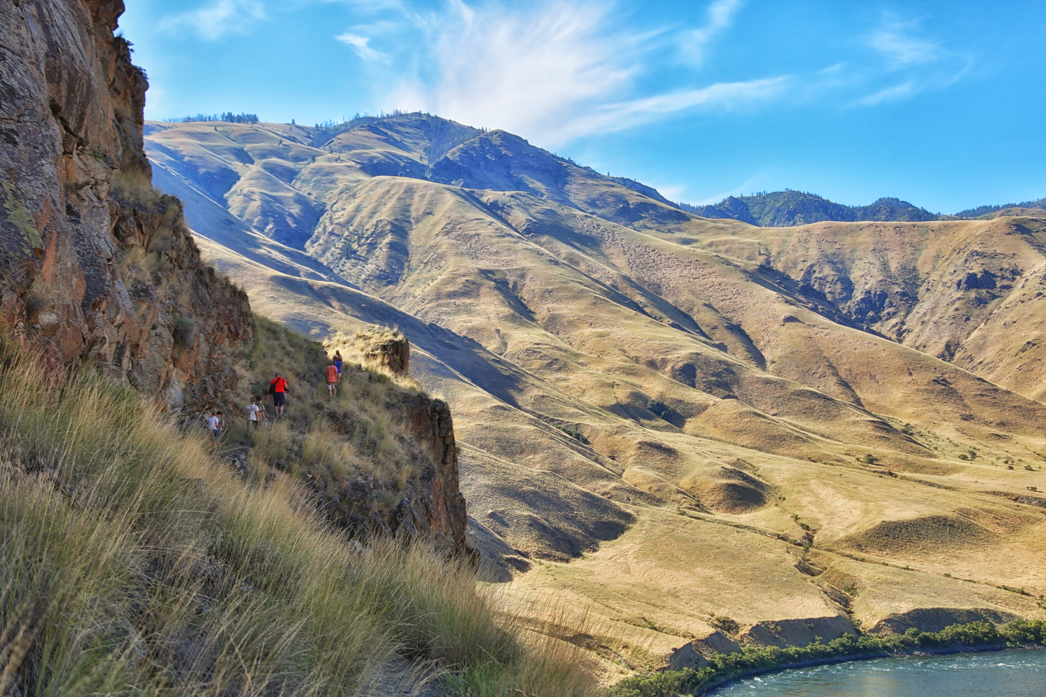 Hiking to Suicide Point in Hells Canyon, ID via J5MM.com