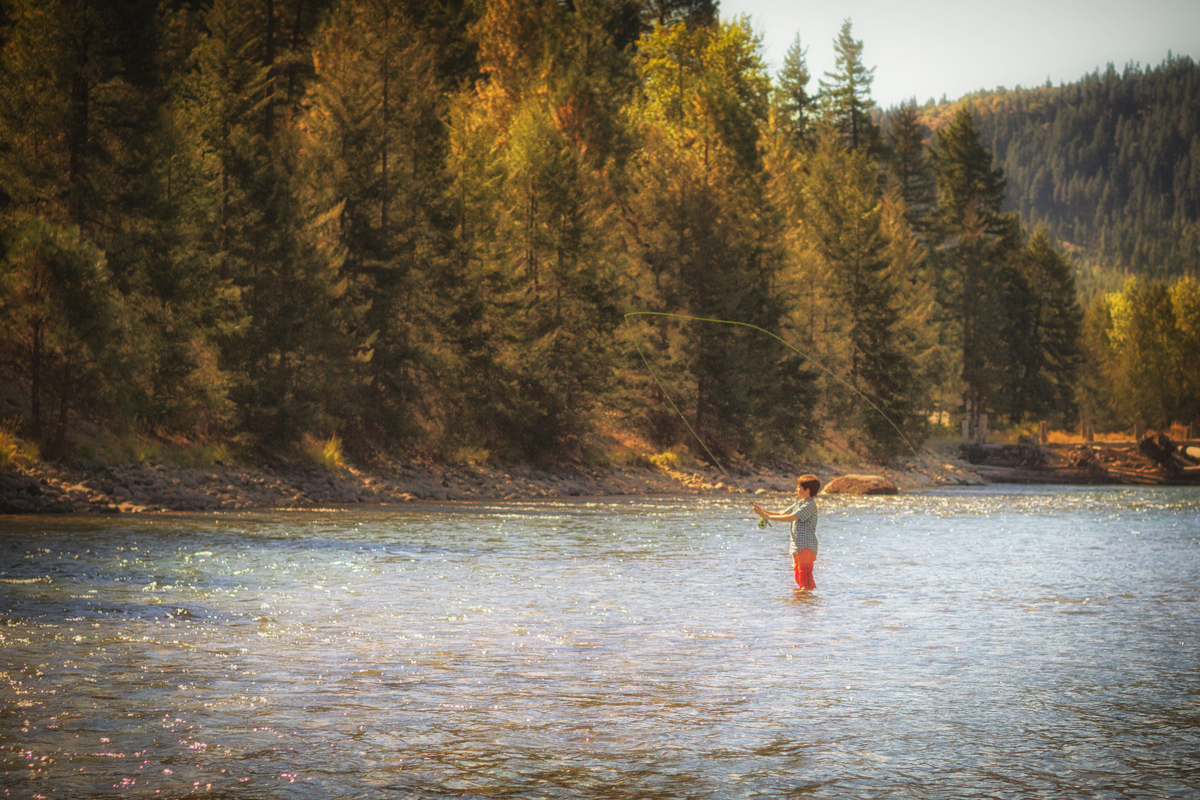 B Fishing The Cle Elum River via J5MM.com