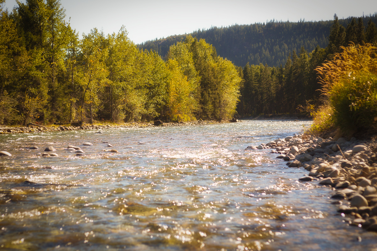 The Transforming Cle Elum River, Washington State via J5MM.com
