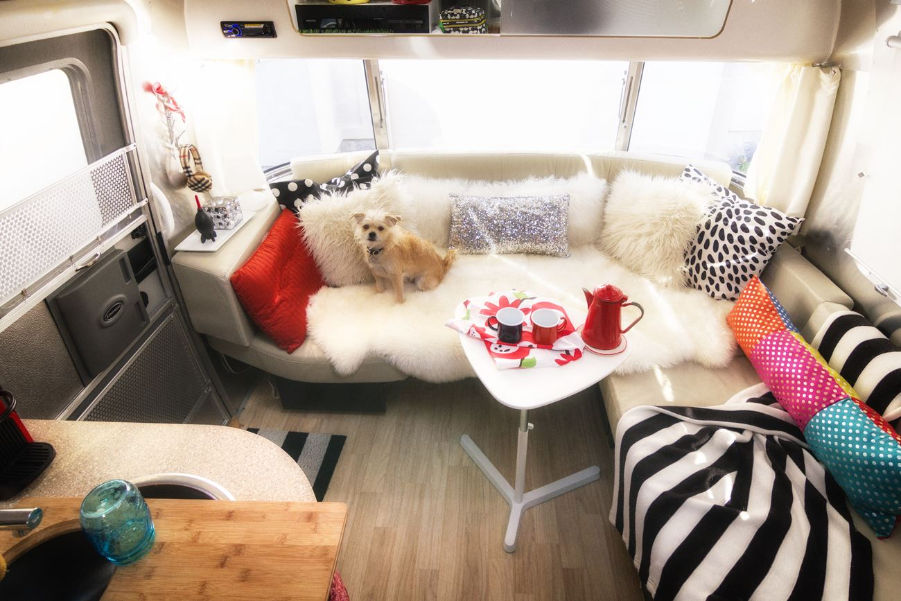 Perfect Little Table for your RV via J5MM.com // RV Lifestyle Airstream Style